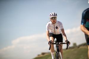 Je me mets au vélo : vélo de route ou VTT ?